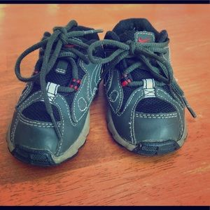 Baby/toddler sneakers! Nike